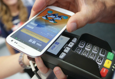 smartphone mobile payment visa
